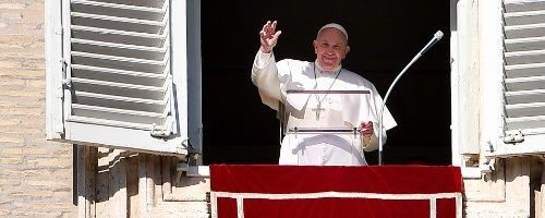 Pope at Angelus: 'never cease to be surprised by God's love for us'