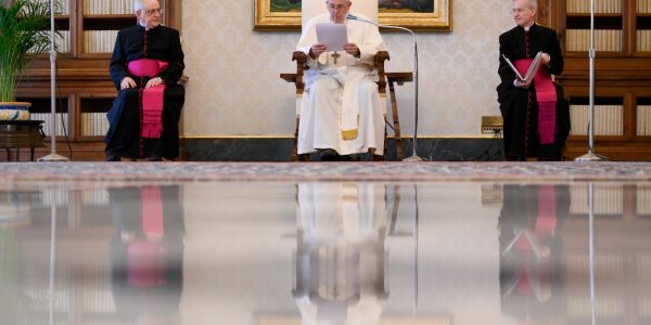 Pope at Audience: Mystery of Creation opens us up to prayer