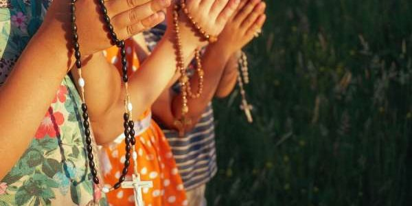 Campaign seeks to unite a million children in praying the rosary