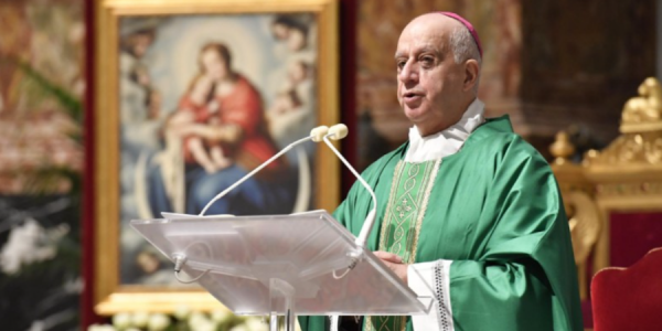 Vatican archbishop: Turn off your phone and open the Gospel